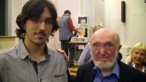 depuis quelques années seulement, élève de TS au lycée Joseph Fourier, a eu l'amabilité d'accepter de nous parler de sa rencontre avec Albert JACQUARD.